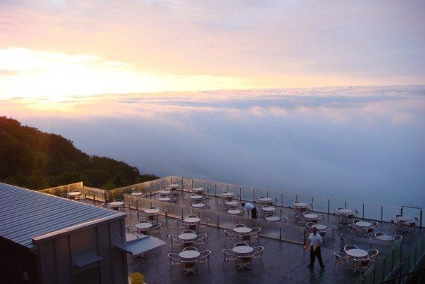 Мечта посидеть на белых облаках вполне реальна - №4