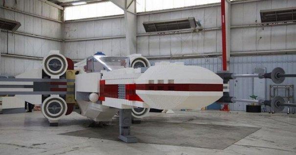 С помощью LEGO реально сделать многое, даже космический корабль - №3