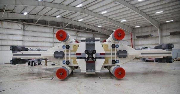 С помощью LEGO реально сделать многое, даже космический корабль - №7