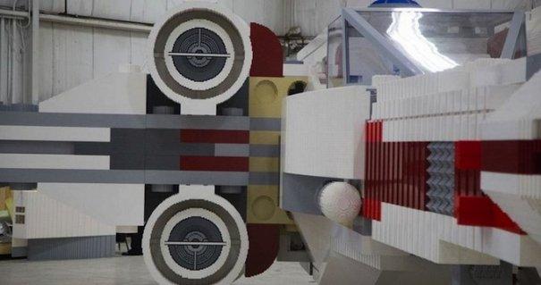 С помощью LEGO реально сделать многое, даже космический корабль - №8
