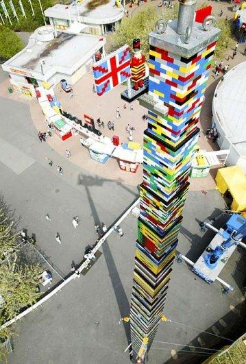 С помощью LEGO реально сделать многое, даже космический корабль - №15