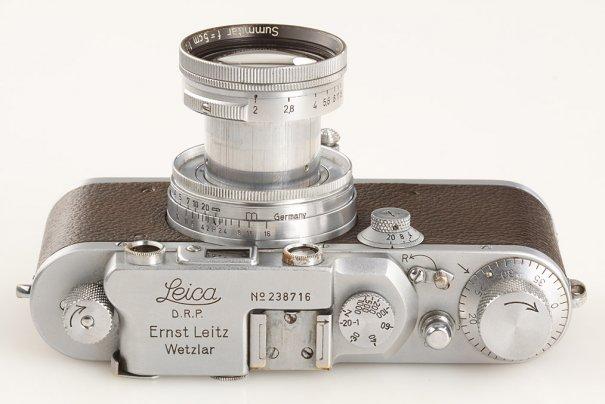 Фото камера Leica продана за $150 000 - №5