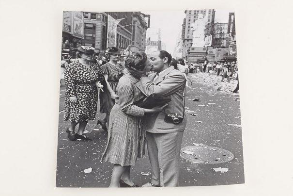 Фото камера Leica продана за $150 000 - №7