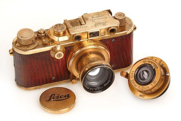 Фото камера Leica продана за $150 000 - №8