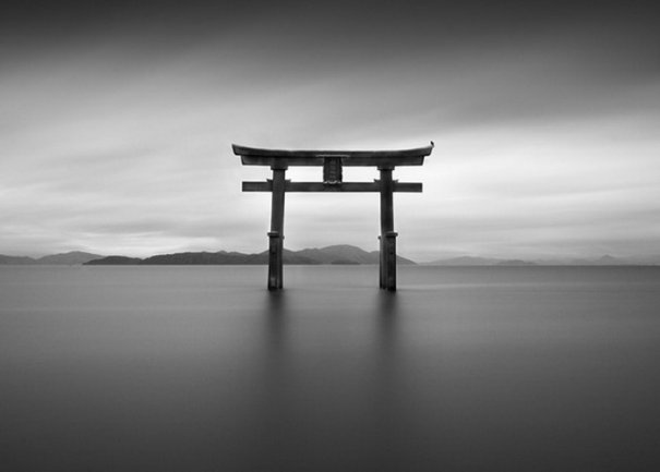 Фото жанр художественного минимализма в работах Хидетака Онояма - №1