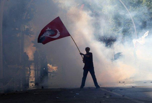 Новости в фотографиях - Массовые протесты в Турции - №1