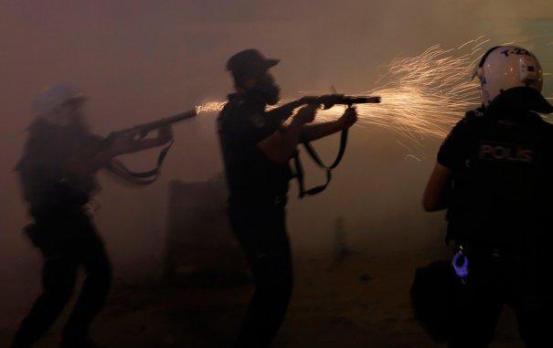 Новости в фотографиях - Массовые протесты в Турции - №14