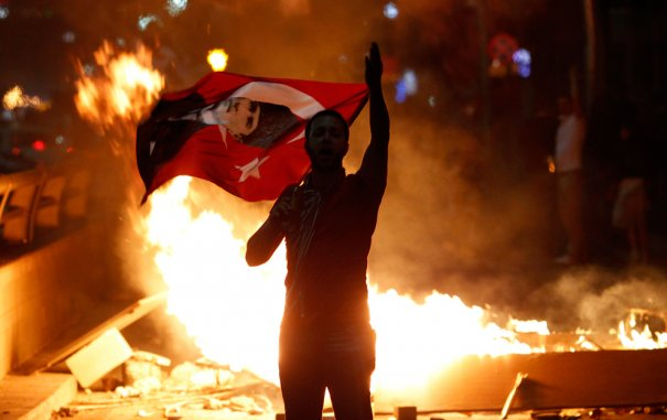 Новости в фотографиях - Массовые протесты в Турции - №16