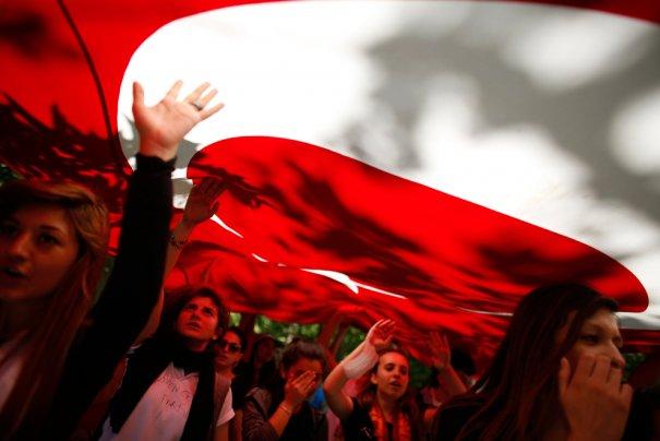 Новости в фотографиях - Массовые протесты в Турции - №17