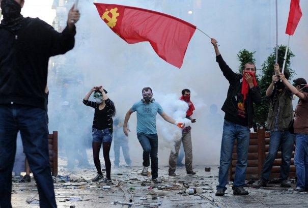Новости в фотографиях - Массовые протесты в Турции - №19