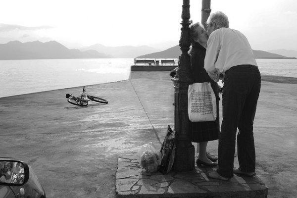 33 лучших примера черно-белых уличных фото - №7