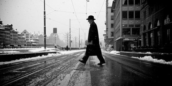 33 лучших примера черно-белых уличных фото - №10