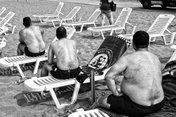 33 лучших примера черно-белых уличных фото - №12