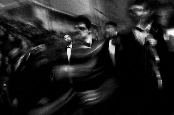 33 лучших примера черно-белых уличных фото - №15