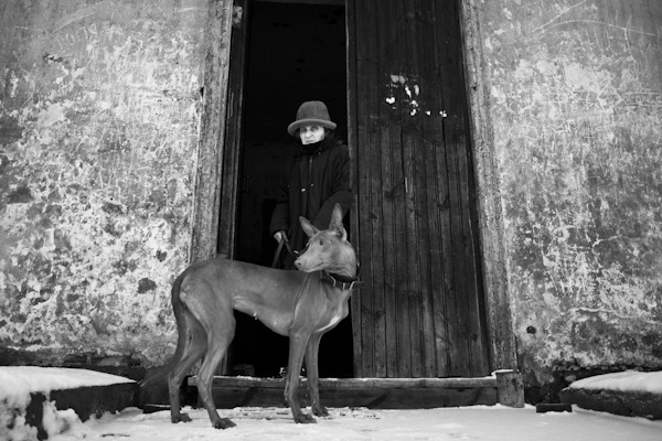 33 лучших примера черно-белых уличных фото - №18