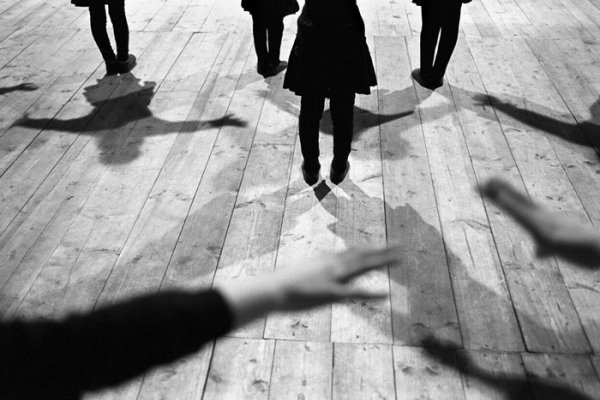 33 лучших примера черно-белых уличных фото - №24