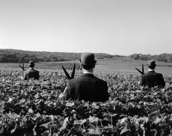Изящная фото композиция, сюрреализм в черно-белой фотографии - №1
