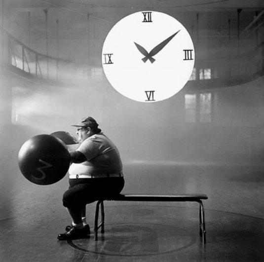 Изящная фото композиция, сюрреализм в черно-белой фотографии - №14