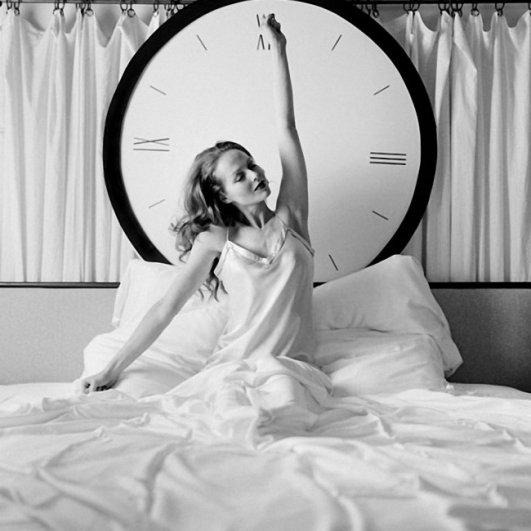 Изящная фото композиция, сюрреализм в черно-белой фотографии - №19