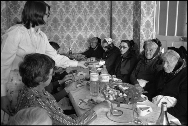this day in history - Один яркий день из жизни острова Уэссан by Guy Le Querrec - №25