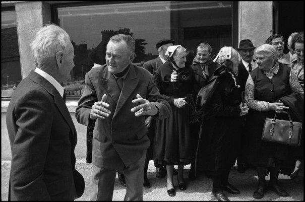 this day in history - Один яркий день из жизни острова Уэссан by Guy Le Querrec - №42