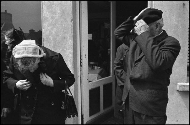 this day in history - Один яркий день из жизни острова Уэссан by Guy Le Querrec - №43
