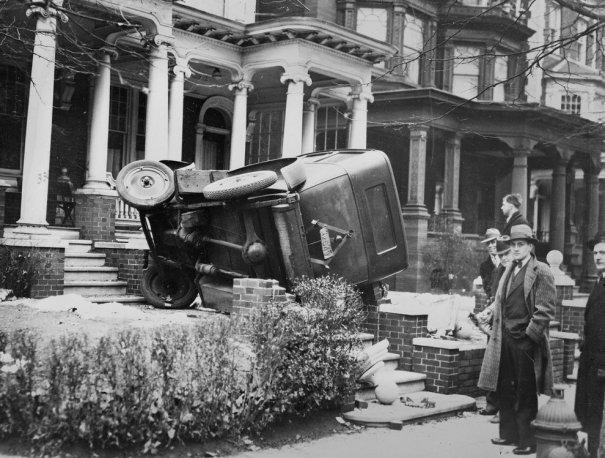 Фотографии самых первых авто аварий - №1