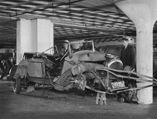 Фотографии самых первых авто аварий - №8