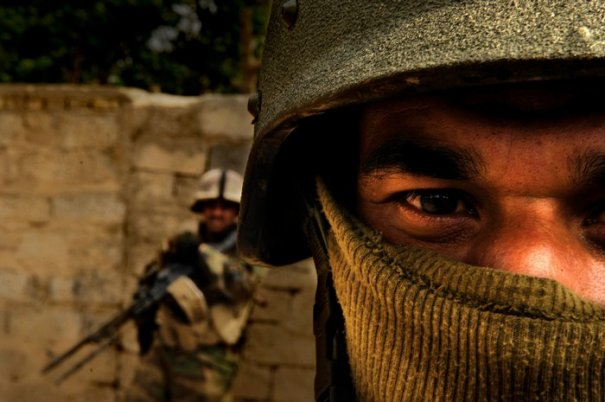 Военные фото отважной женщины - мастера фотографии Стэйси Пирсэлл - №7