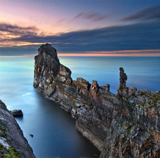 Захватывающий вид живописных больших скал - №6