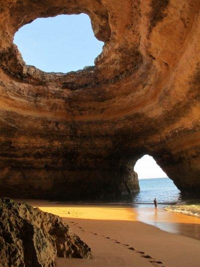Захватывающий вид живописных больших скал - №10