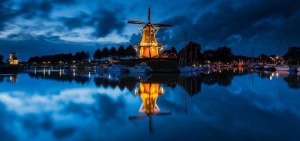 Естественная симметрия - лучшие зеркальные отображения города в воде - №7