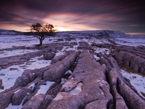 Восход солнца над камнями (ISO160, f/13, 50 с)