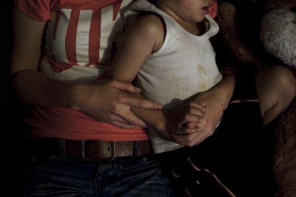 Репортаж о неблагополучных семьях и молодых мамах - №11