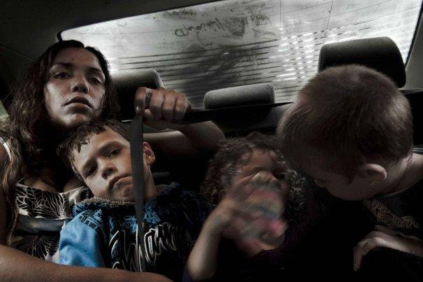 Репортаж о неблагополучных семьях и молодых мамах - №12