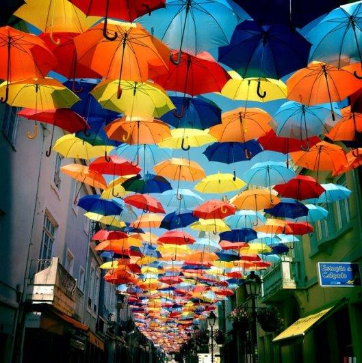 Зонтики как искусство - необычные фото картины - №3