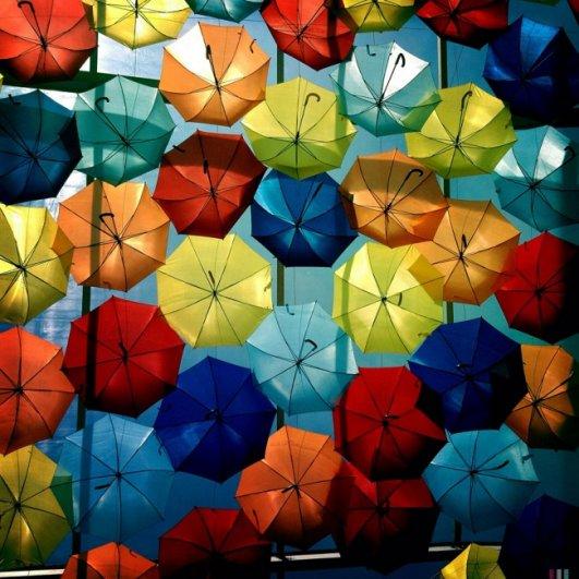Зонтики как искусство - необычные фото картины - №4