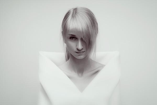 Игорь Шмель. Спокойствие и красота портретной фотографии - №13