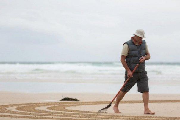 Фотографии рисунков на песке - №3