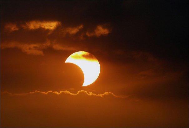солнечное затмение 2013