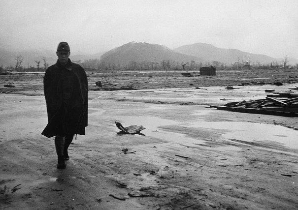 Новости в фотографиях - страшные кадры в память о Хиросиме - №1