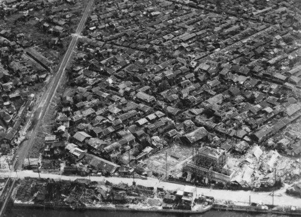 Новости в фотографиях - страшные кадры в память о Хиросиме - №17
