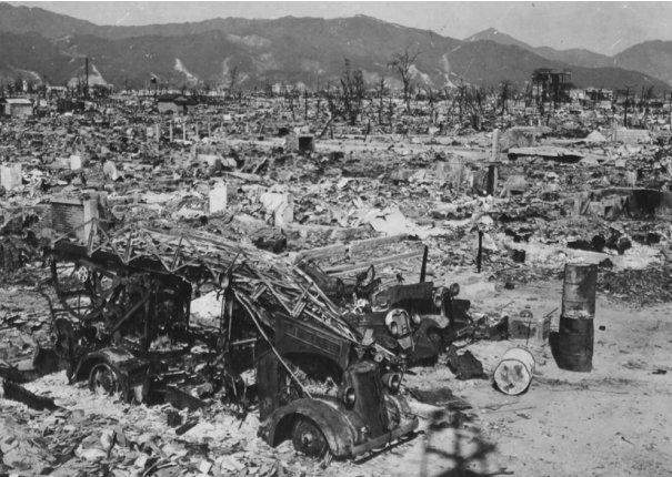 Новости в фотографиях - страшные кадры в память о Хиросиме - №19