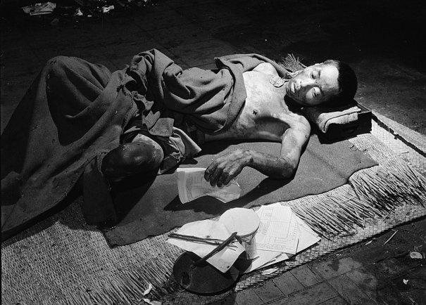 Новости в фотографиях - страшные кадры в память о Хиросиме - №23