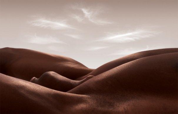 Обнаженные ландшафты - женская красота и мужские очертания на фото - №2