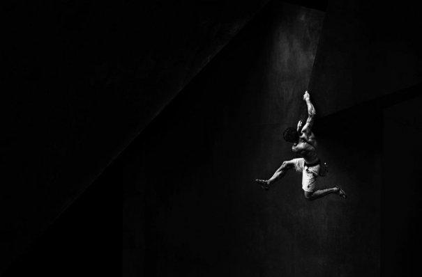 Смелые фото кадры конкурса 2013 Red Bull Illume - №3