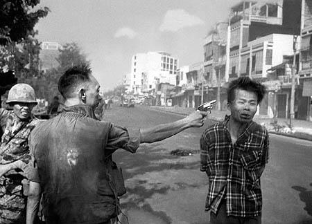 История одной фотографии - Казнь военнопленного - №1