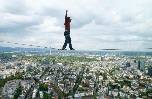 Новости в фотографиях - самые смелые попытки установить новый рекорд Гиннеса в 2013 году - №2