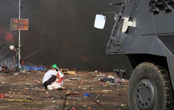 Новости в фотографиях - в Египте введено чрезвычайное положение - №1