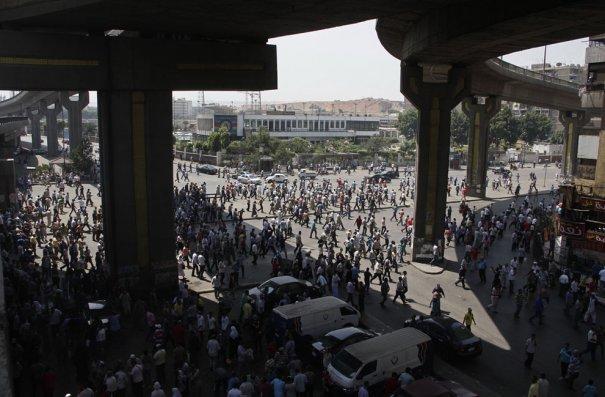 Новости в фотографиях - в Египте введено чрезвычайное положение - №2